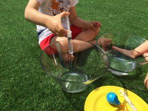 juego con agua 08